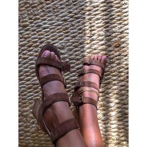 🍸 MADEWELL Greta Gladiator Sandal - Olive Green